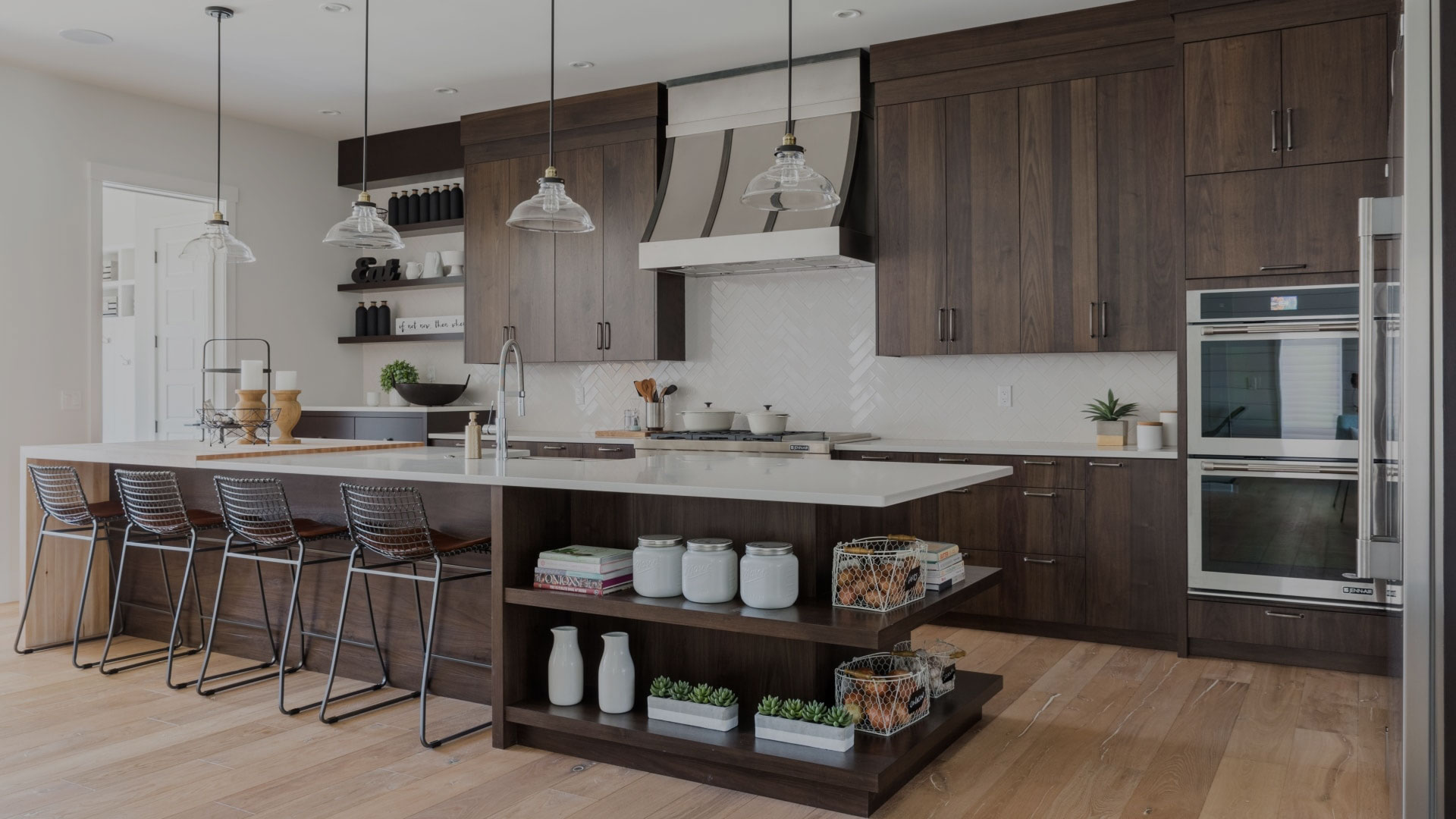wooden-kitchen-designers